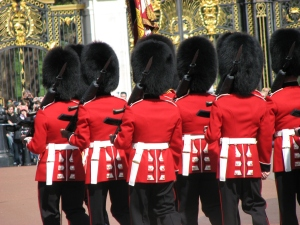 Changing_of_the_Guard,_Buckingham_Palace